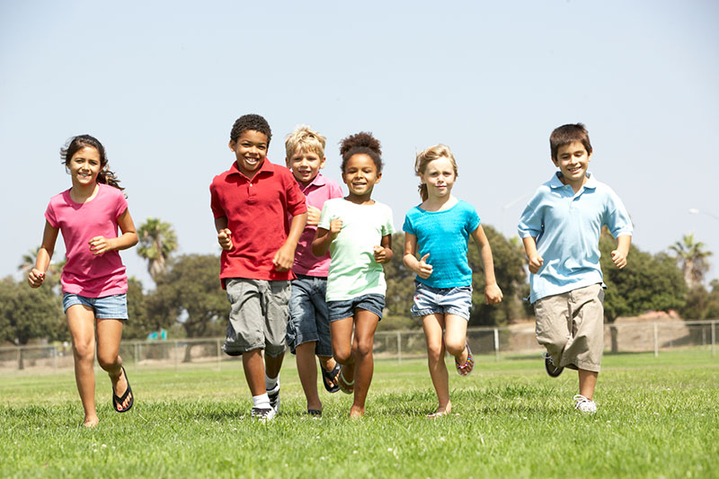 children running