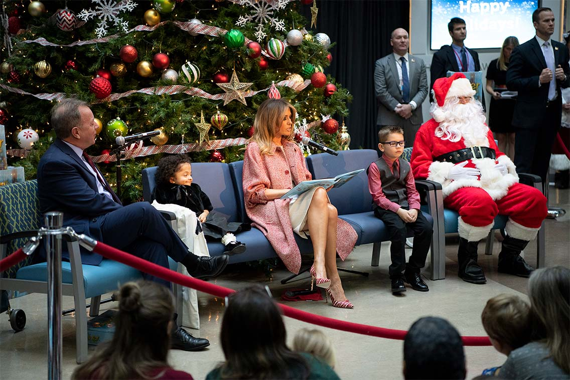 First Lady reading Oliver the Ornament